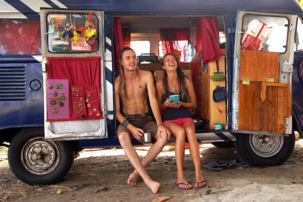 Eliska y Tomas recorren Sudamérica en su kombi Volkswagen T2