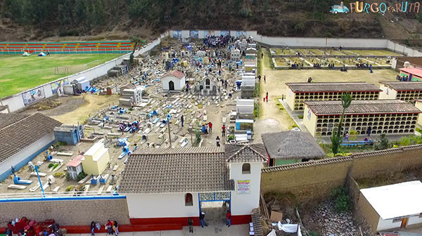 paucartambo_cementerio_web_600px