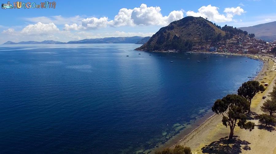 [:es]Lago Titicaca[:ca]El Monte Calvario des de l'avinguda del llac Titicaca[:en]Monte Calvario from lake Titicaca aveniu[:]