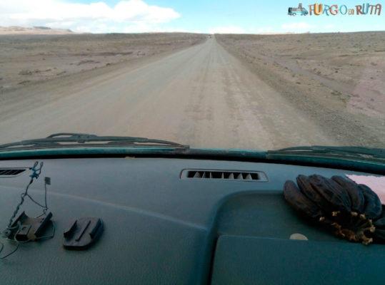 Kilómetros de nada a más de 4000 metros de altura en la carretera de Puno a Arequipa.