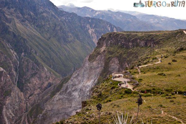 Los miradores princaiples del cañón del Colca, en la Cruz del Cóndor.