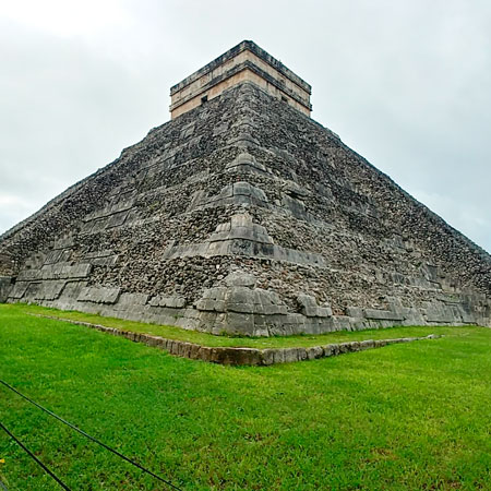 Tour to Chichen Itza, the jewel of the Mayan Rivera, Mexico