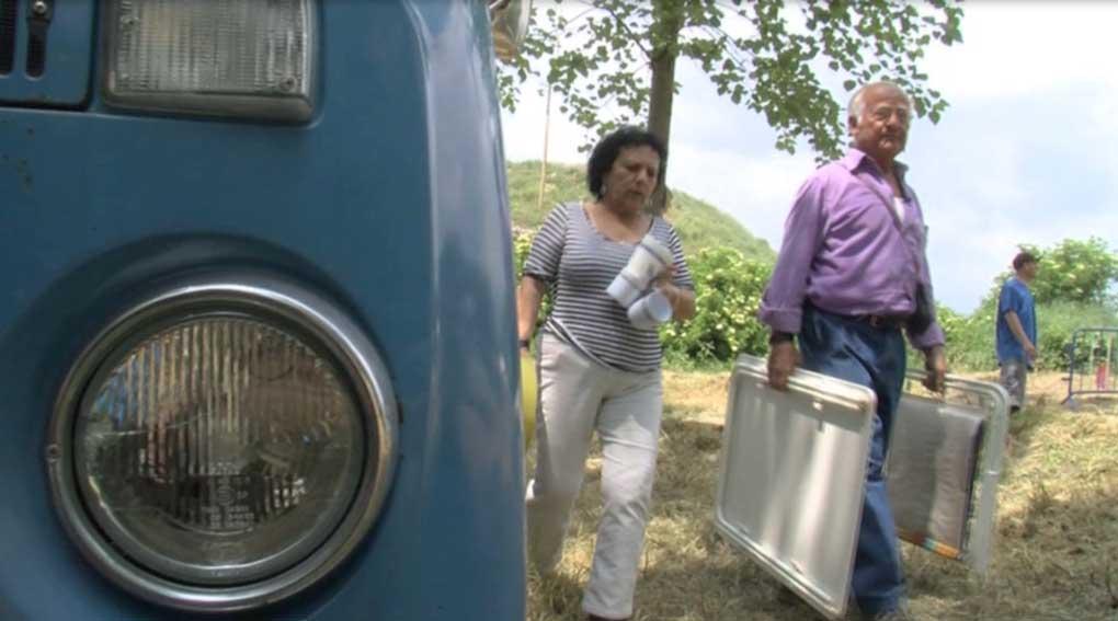 Dos concentrados en camper, durante la FurgoFesta del año 2009.