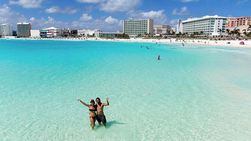Si decides viajar a Cancún en este inicio del 2021 encontrarás todas las playas abiertas.